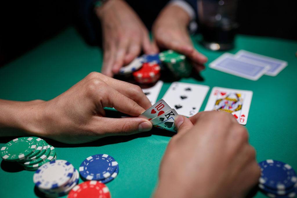 Panduan Lengkap Bermain Poker Online Untuk Pemula Poker