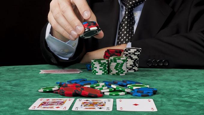 Mengetahui Sistem Cara Kerja Bermain Poker Secara Online